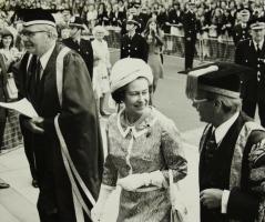 Queensvisit1975