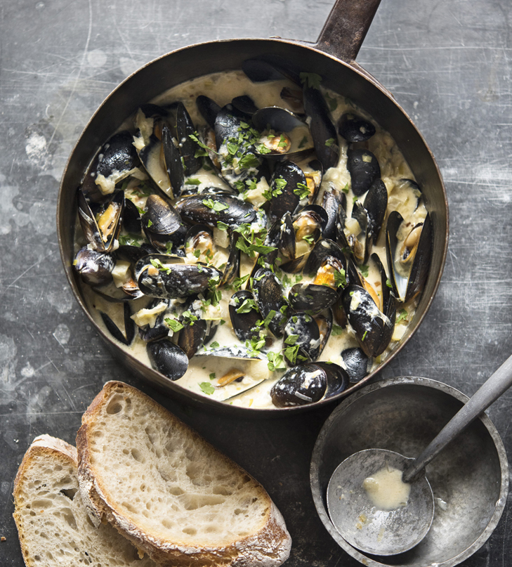 Steamed Mussels Creamy Cider Broth